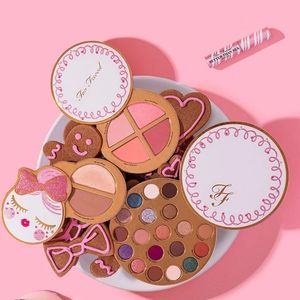 """❄💙Too Faced """"Let it Snow, Girl"""" ⛄🌹"""